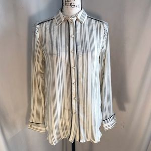 Who What Wear Long Sleeve Button Down Blouse XS